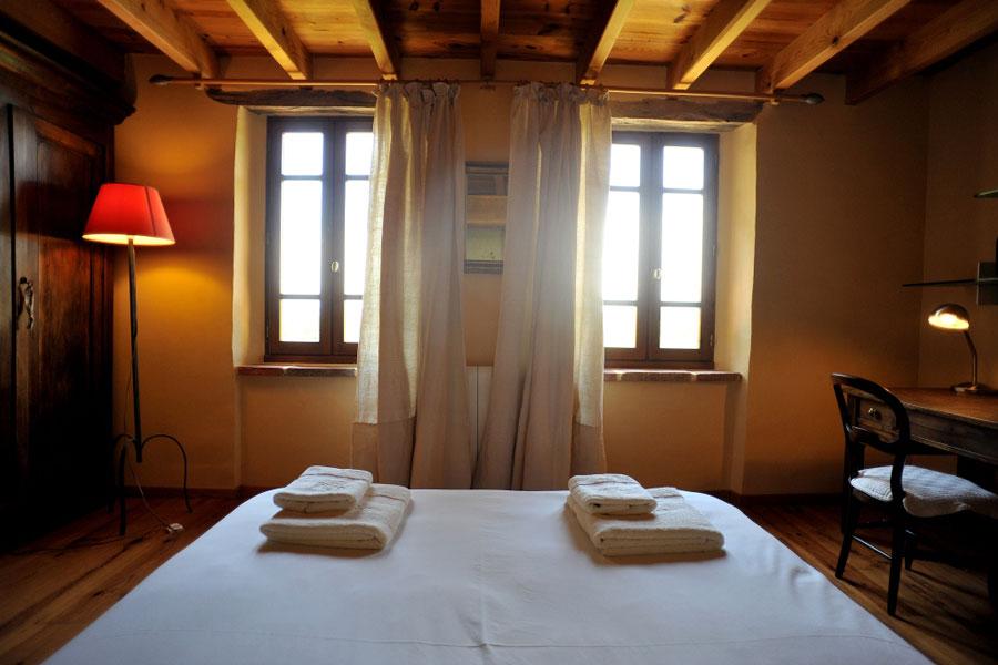 Couchages et salles d 39 eau eco g te chaumarty ari ge - Porte manteau individuel ...